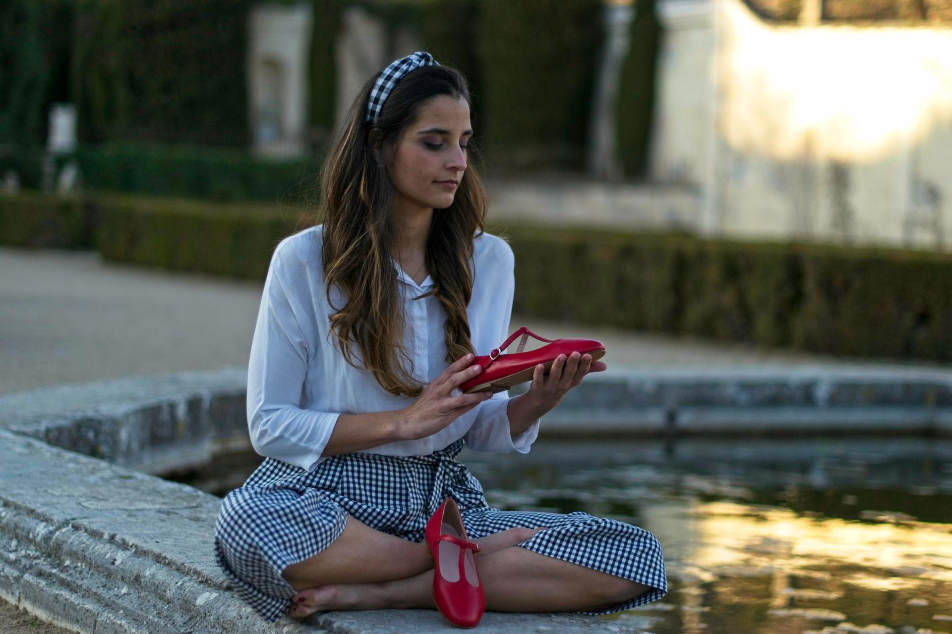 Merceditas Odette en color rojo de Bohemian Shoes