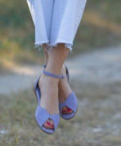 Sandalias planas de mujer Alizée malva con ante en la puntera y piel grabada en el talón