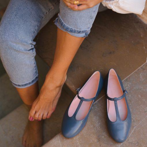 Mary Janes T-bar ODETTE - Azul de Bohemian Shoes