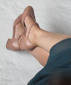 ARIANNE - Maquillaje