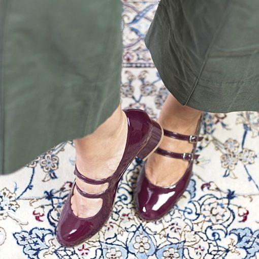Zapatos Mary Janes NADINE - Burgundy en charol de Bohemian Shoes