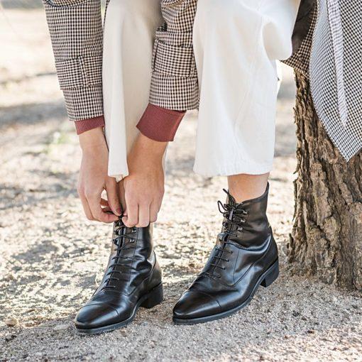 Botines Balmoral CAVALRY BLACK BOOTS de Bohemian Shoes